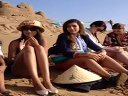 微V-美女旅行大电影之响沙之旅