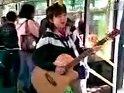 广州公交上最好听的吉它女歌手