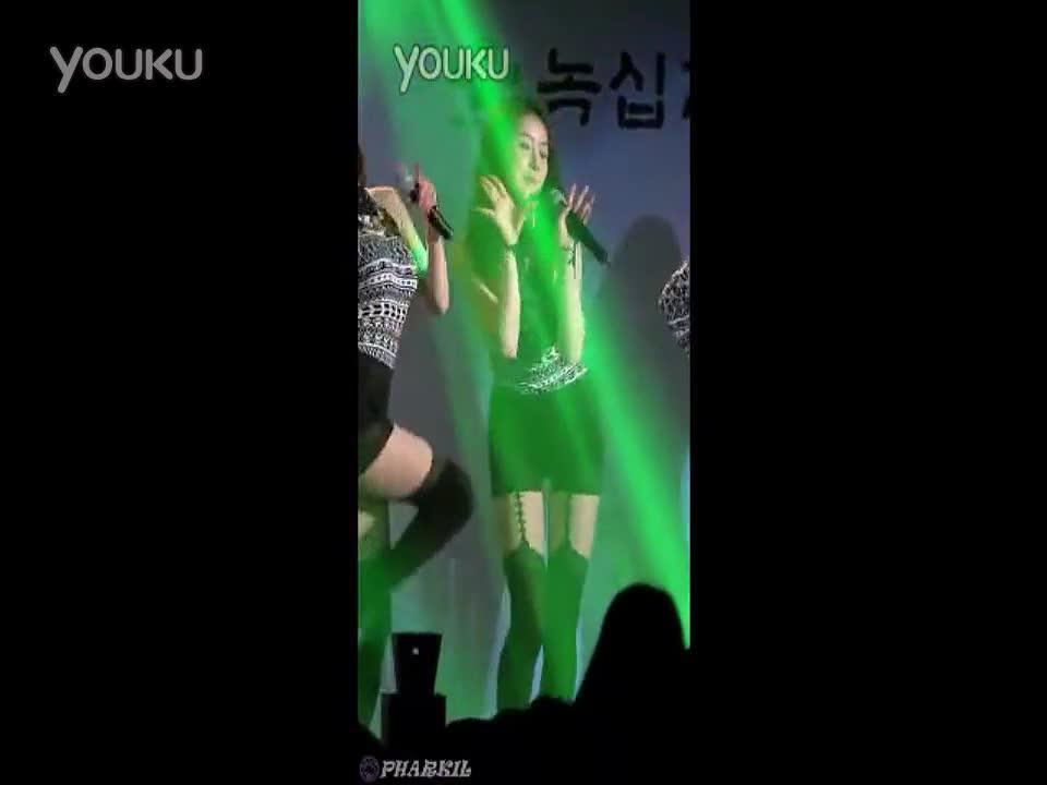 3个美女性感热舞表演 dj 搜库