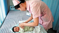 护士意外怀二胎被要求辞职