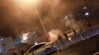 苏州街头两拨人深夜持烟花对射打斗 警方回应已控制部分涉案人员
