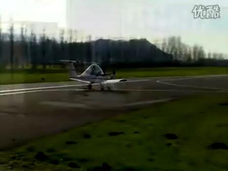 自制飞机蟋蟀试飞