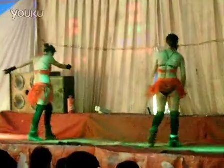 大棚歌舞团脱光视频 大棚歌舞垃圾视频 农村大棚歌舞团高清 大棚演出