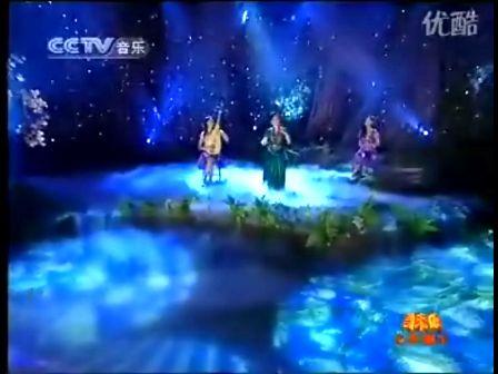 三美女共奏一曲《在那遥远的地方》于红梅(二胡)
