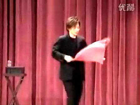 刘谦精彩纸牌表演