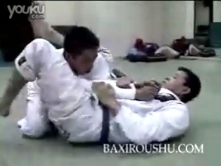 视频 频道/巴西柔术入门