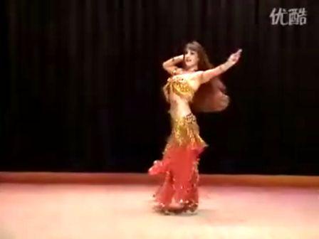 外国美女的民族舞
