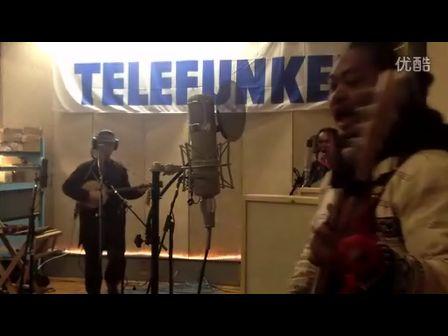 南京民谣流浪歌手翻唱 山人乐队 撤退的歌图片