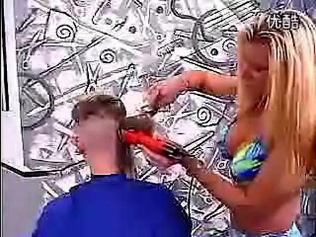 外国美女剃光头