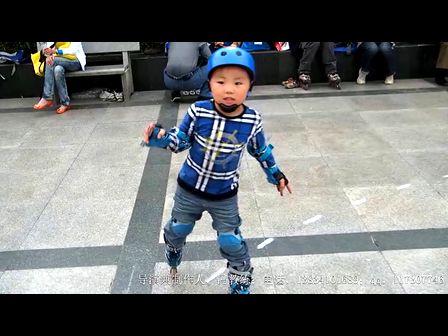 陈芮楠的轮滑视频