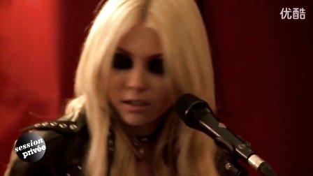 Zombie 现场版-The Pretty Reckless MV 超高清在线观看