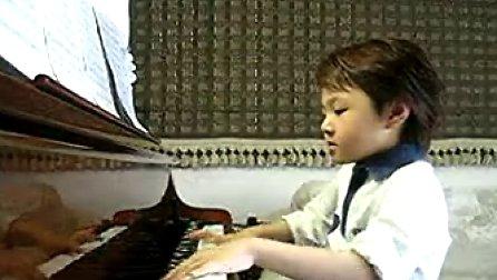 台湾钢琴神童 游松泽 [牛人]sorry sorry 游松泽弹奏SJ名曲