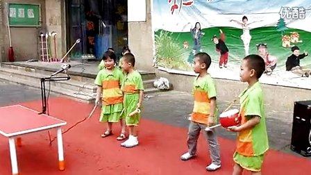 2013小学生六一儿童节男生舞蹈视频