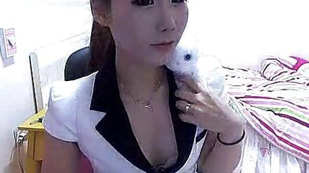 韩国性感美女皮裤热舞诱惑自拍