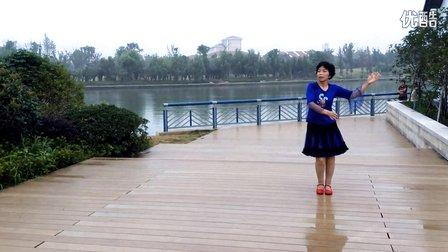 水中月亮广场舞 – 搜库