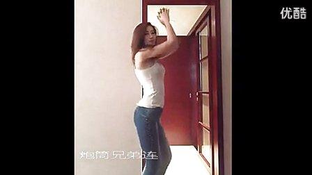 9美女牛仔裤热舞 C 搜库