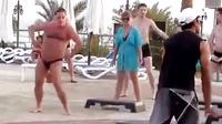 胖子跳舞就是这么喜感