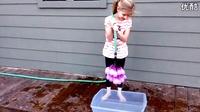 用这个神器1分钟能做100个水球