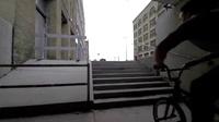 碉堡了!自行车还能这样骑