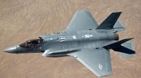 張召忠: 一架F-35遙控一群無人機攻擊目標將成現實
