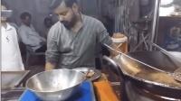 印度平民人氣美食, 無魚翅漢堡, 生意很火爆