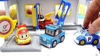 变形警车珀利变形机器人 罗伊消防车 翻斗车邓普 米奇洗车房