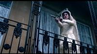 双枪老太婆疯狂扫射上演还魂戏,先杀自己再杀情夫