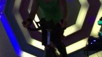 動感單車。  自個編輯音樂和動作